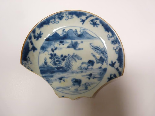 Chinese porcelain from the Queen of Sweden. A popular trade item which was taken back for Europe's influential upper and middle class societies. This plate is part of Shetland Museum & Archives collection.